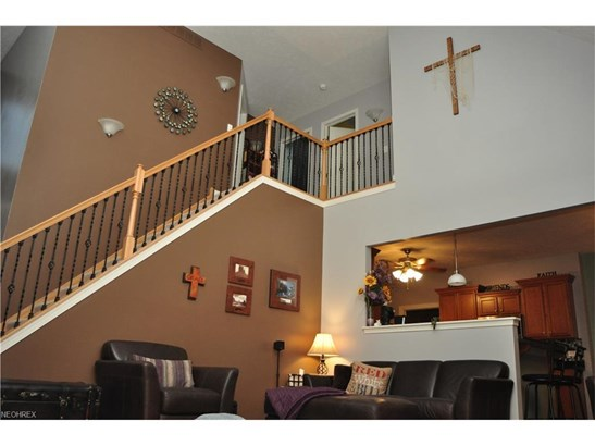 12145 Summerwood Dr, Concord, OH - USA (photo 4)