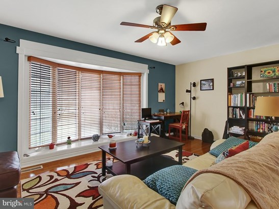 17574 Old Farm Ln, New Freedom, PA - USA (photo 3)