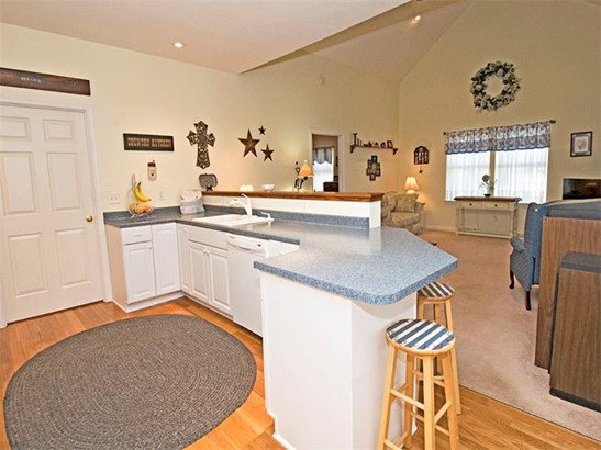 117 Clearwater Drive, Ellport, PA - USA (photo 4)