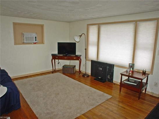 44 Preakness Drive, Chester, WV - USA (photo 2)