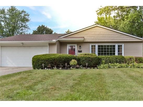 6533 Longridge Rd, Mayfield Heights, OH - USA (photo 2)