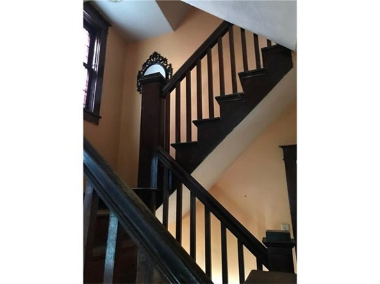 429 Welsh Ave, Wilmerding, PA - USA (photo 2)