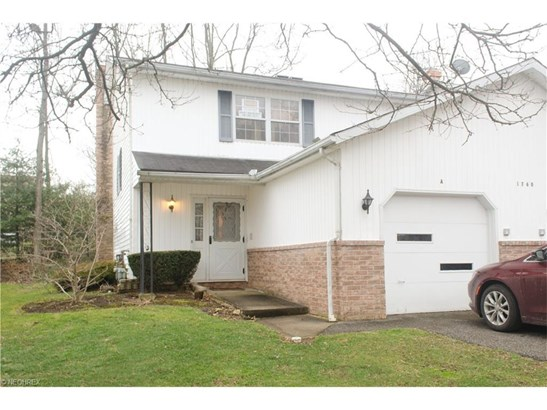 1760 Rolling Hills Dr A, Twinsburg, OH - USA (photo 2)