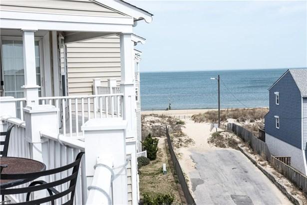 2080 Ocean View Ave E 7b, Norfolk, VA - USA (photo 2)