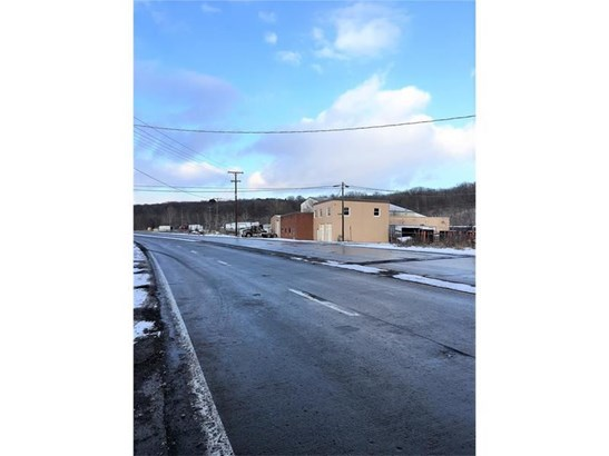1102 Sampson St, Castle, PA - USA (photo 2)