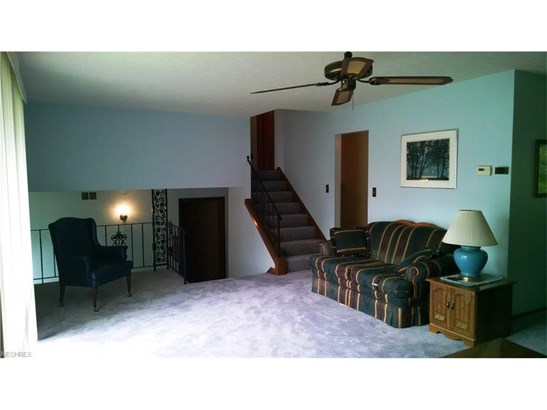 436 Ridgewood Dr, Eastlake, OH - USA (photo 3)