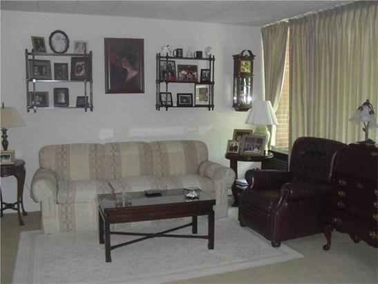 446 Hoodridge 308, Castle Shannon, PA - USA (photo 2)