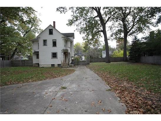 421 Woodland Ave, Akron, OH - USA (photo 5)