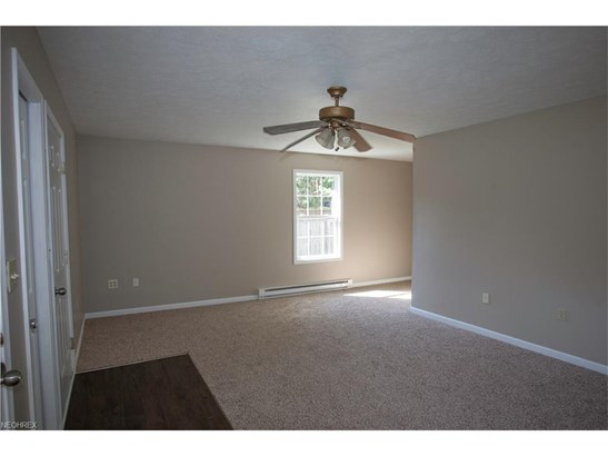 10060 Emerson Dr, Columbia Station, OH - USA (photo 2)