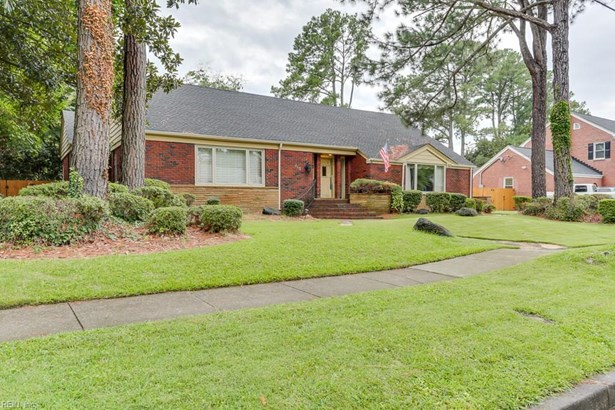 213 Brackenridge Ave, Norfolk, VA - USA (photo 2)