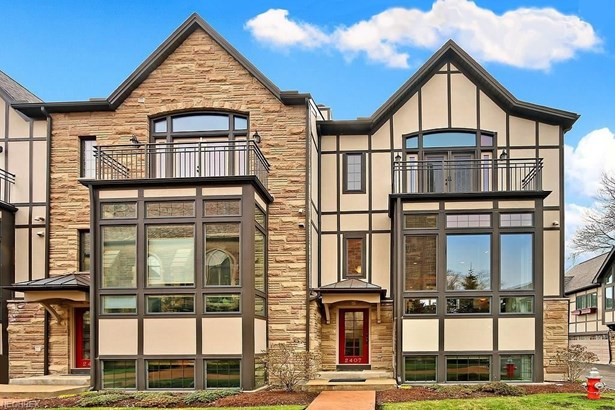 2407 Derbyshire Ct, Cleveland Heights, OH - USA (photo 1)