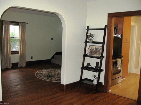 2660 Maplewood St, Cuyahoga Falls, OH - USA (photo 5)