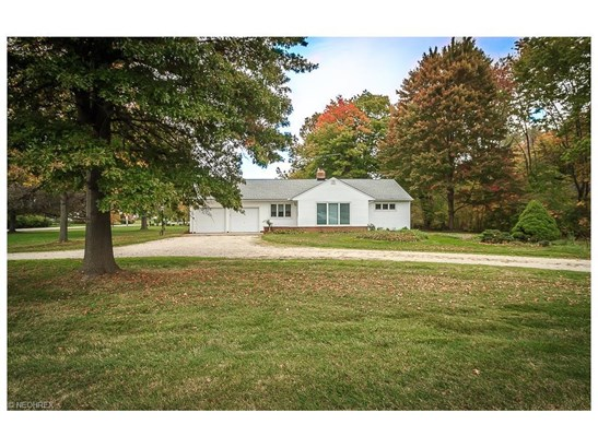 2855 Som Center Rd, Willoughby Hills, OH - USA (photo 2)