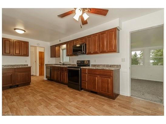 2855 Som Center Rd, Willoughby Hills, OH - USA (photo 5)