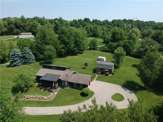334 Sharon Bedford Rd, W Middlesex, PA - USA (photo 2)