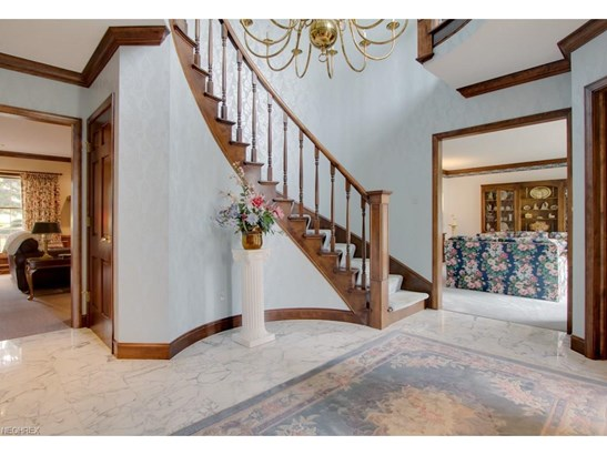 4818 Arbour Green Dr, Akron, OH - USA (photo 4)