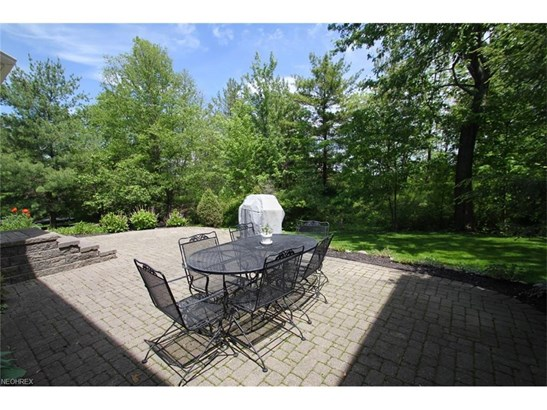 2564 Crane Creek Pky, Brecksville, OH - USA (photo 2)