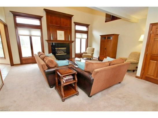 2564 Crane Creek Pky, Brecksville, OH - USA (photo 4)