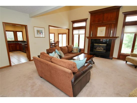 2564 Crane Creek Pky, Brecksville, OH - USA (photo 5)