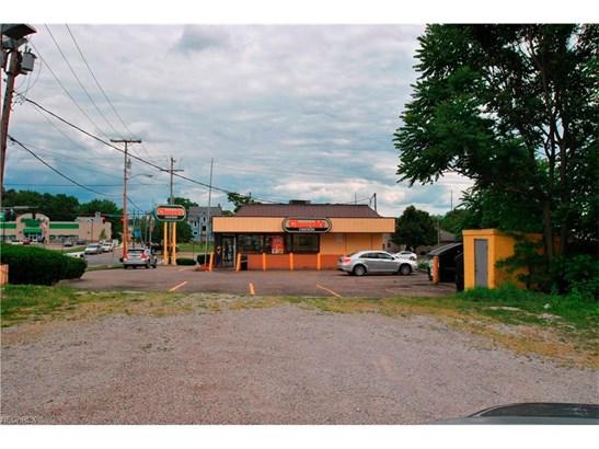 831 Cherry Ave. Ne Ave, Canton, OH - USA (photo 5)