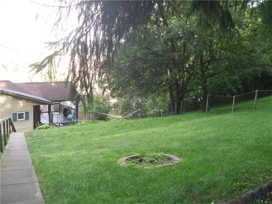 322 N 4th Street, West Newton, PA - USA (photo 3)
