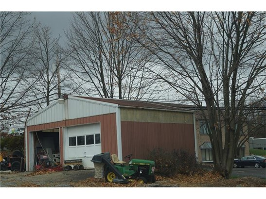 2555 Brandt School Rd, Franklin Park, PA - USA (photo 2)