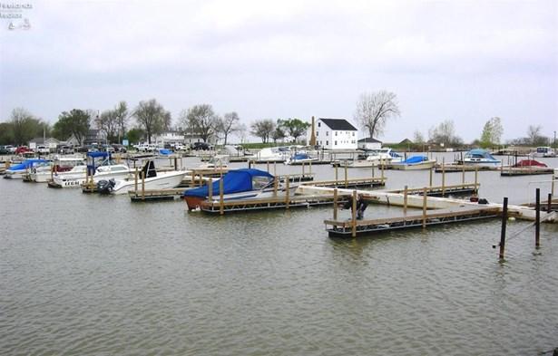6395 Teal Bend, Oak Harbor, OH - USA (photo 4)