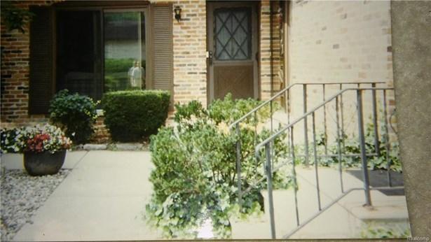 5045 Crooks Rd 21, Royal Oak, MI - USA (photo 1)