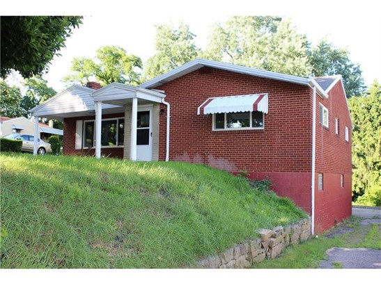 29 Kenridge Drive, Mc Kees Rocks, PA - USA (photo 2)