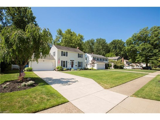 23271 Stoneybrook Dr, North Olmsted, OH - USA (photo 3)