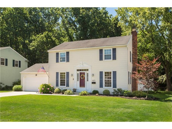 23271 Stoneybrook Dr, North Olmsted, OH - USA (photo 5)
