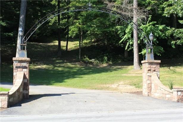 2583 Turk Hill Road, Perinton, NY - USA (photo 2)
