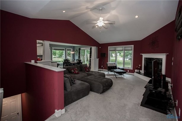 8360 Sycamore Woods Lane, Holland, OH - USA (photo 4)