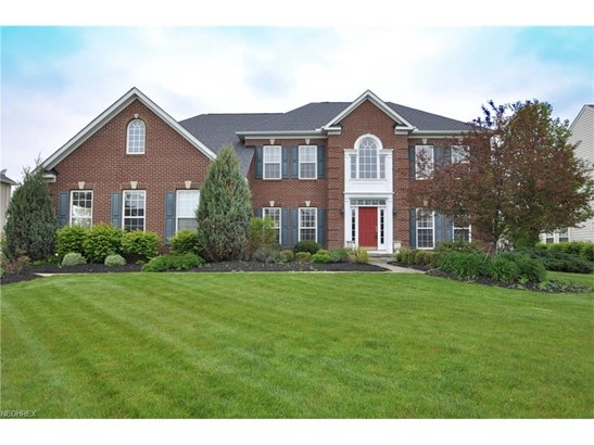 33424 Streamview Dr, Avon, OH - USA (photo 1)