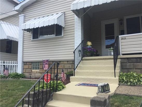 1021 Bernadina Ave, Ambridge, PA - USA (photo 2)