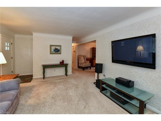 30161 Meadowbrook Dr, Wickliffe, OH - USA (photo 2)