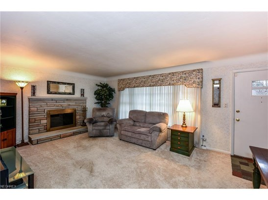 30161 Meadowbrook Dr, Wickliffe, OH - USA (photo 3)