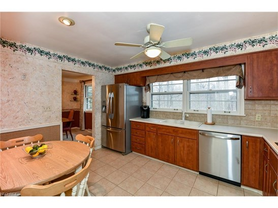 30161 Meadowbrook Dr, Wickliffe, OH - USA (photo 4)