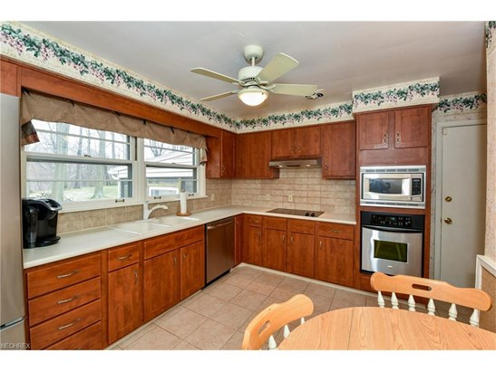 30161 Meadowbrook Dr, Wickliffe, OH - USA (photo 5)