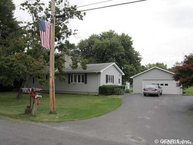 1805 Crandall Avenue, Kendall, NY - USA (photo 1)