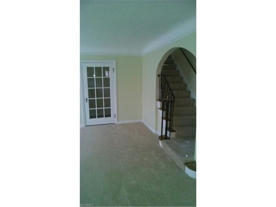 2552 Saybrook Rd, University Heights, OH - USA (photo 2)