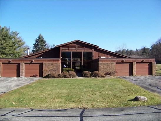 3420 Burrwood Dr 15, Richfield, OH - USA (photo 1)