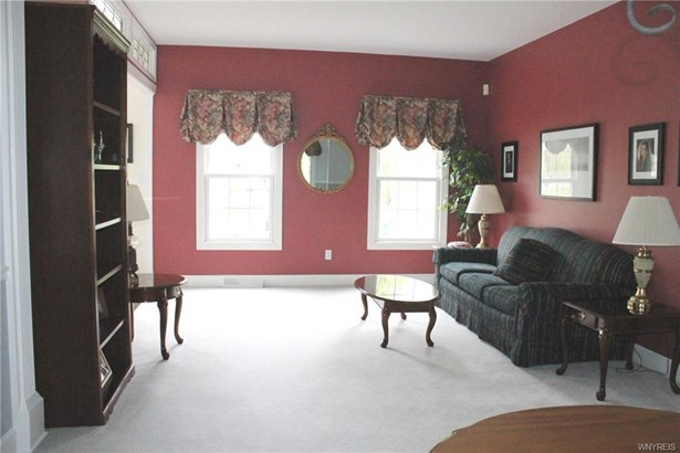 46 Clearwater Drive, Amherst, NY - USA (photo 2)