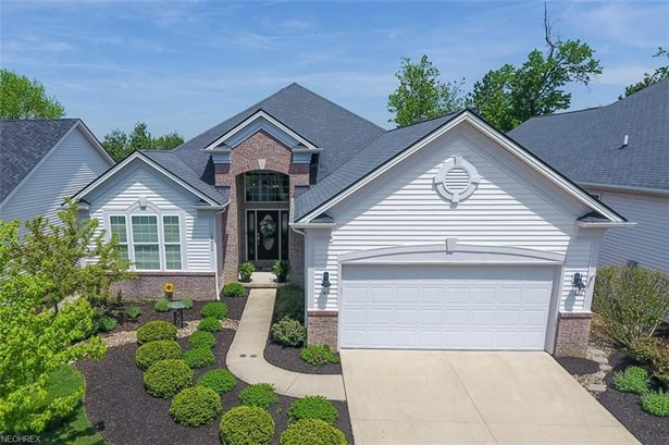18474 Bunker Hill Dr, Strongsville, OH - USA (photo 1)