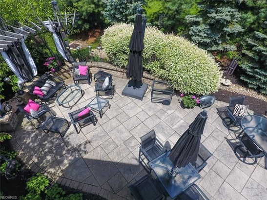 18474 Bunker Hill Dr, Strongsville, OH - USA (photo 5)