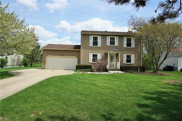 8783 Marks Rd, Strongsville, OH - USA (photo 1)