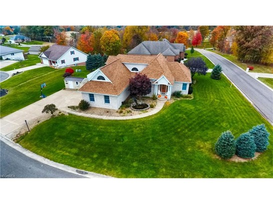 1193 Edgewood Nw Cir, Carrollton, OH - USA (photo 1)