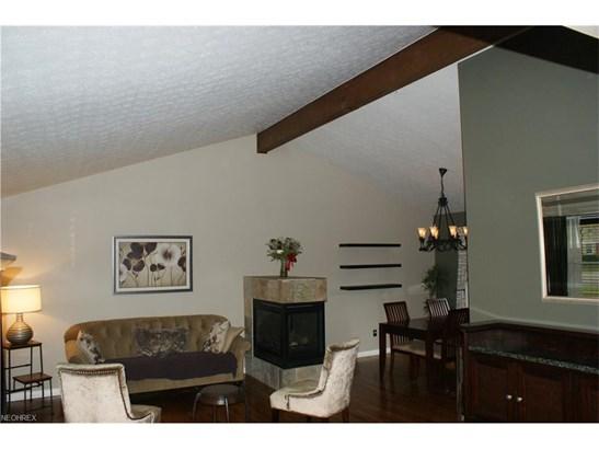 451 Sun Valley Dr, Bath, OH - USA (photo 2)