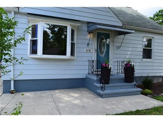 6175 Denison Blvd, Parma Heights, OH - USA (photo 2)