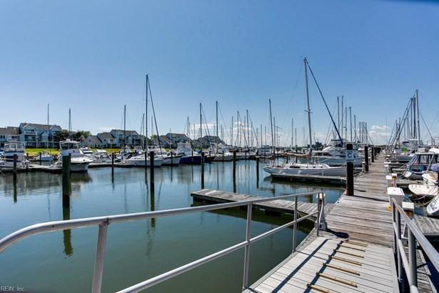9558 Bay Point Dr, Norfolk, VA - USA (photo 5)